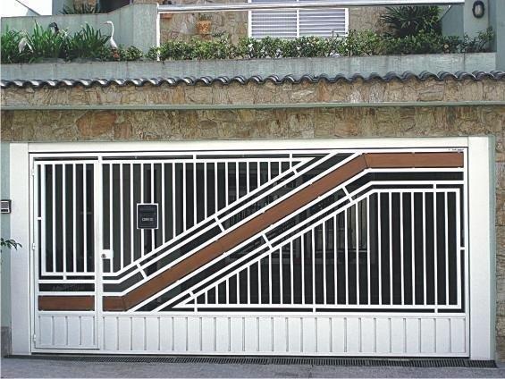 Portão automático basculante