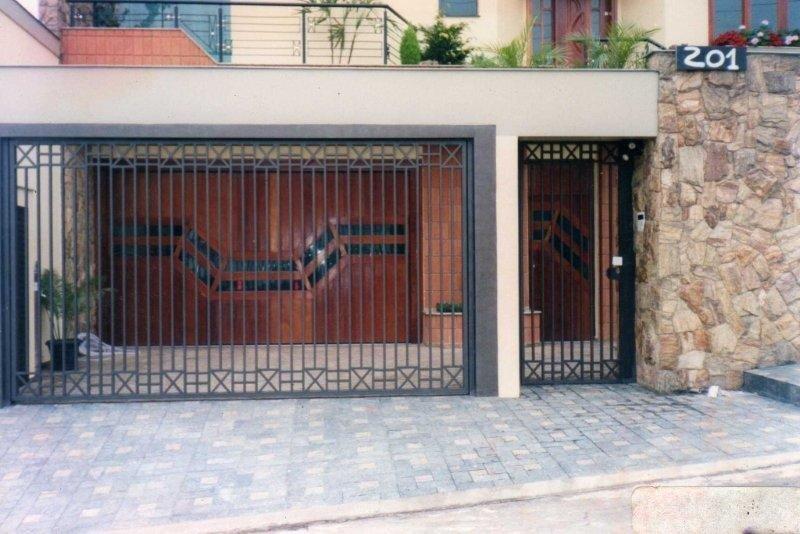 Portão eletrônico para garagem