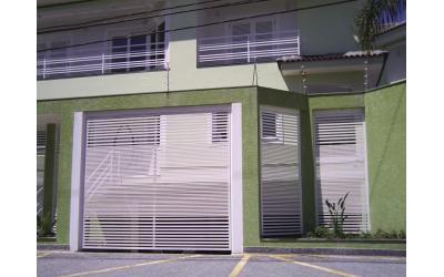 PORTÃO AUTOMÁTICO TUBULAR EM AÇO ATH-04